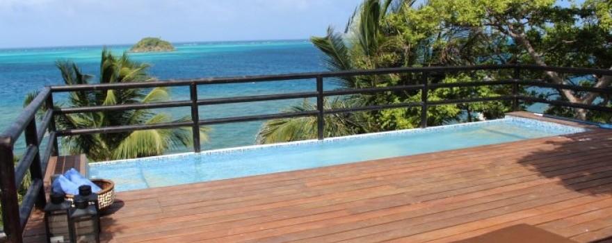 Terraza Fuente Deep Blue Hotel Facebook 2