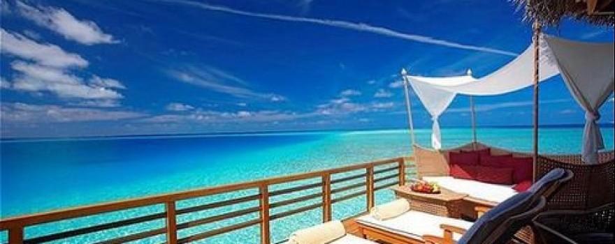 Terraza Fuente Deep Blue Hotel Facebook 4